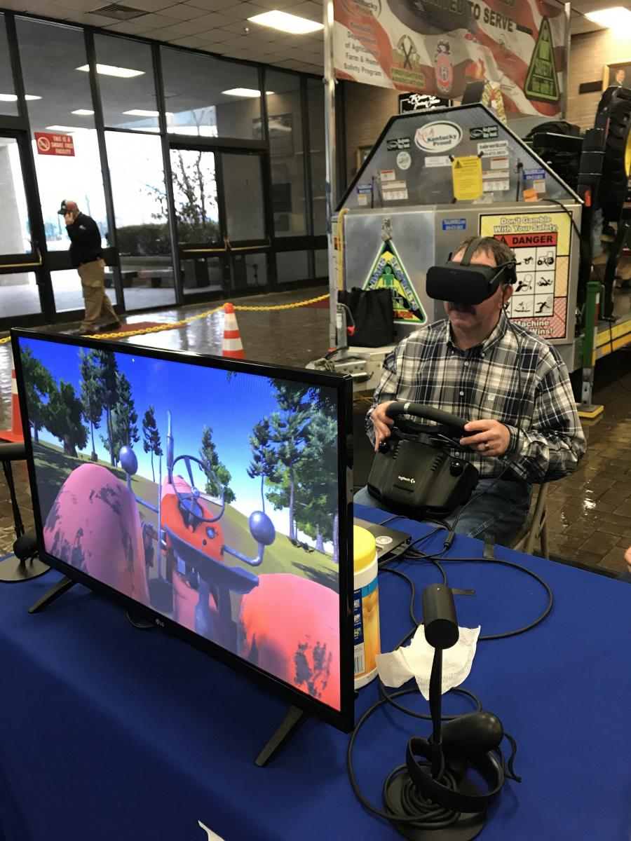 Testing the virtual reality Tractor Driving Simulator